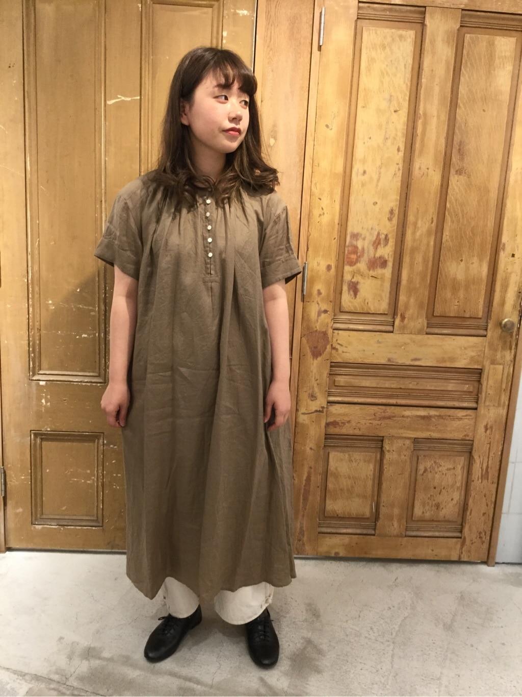 AMB SHOP PAR ICI FLAT AMB 名古屋栄路面 身長:163cm 2020.04.10