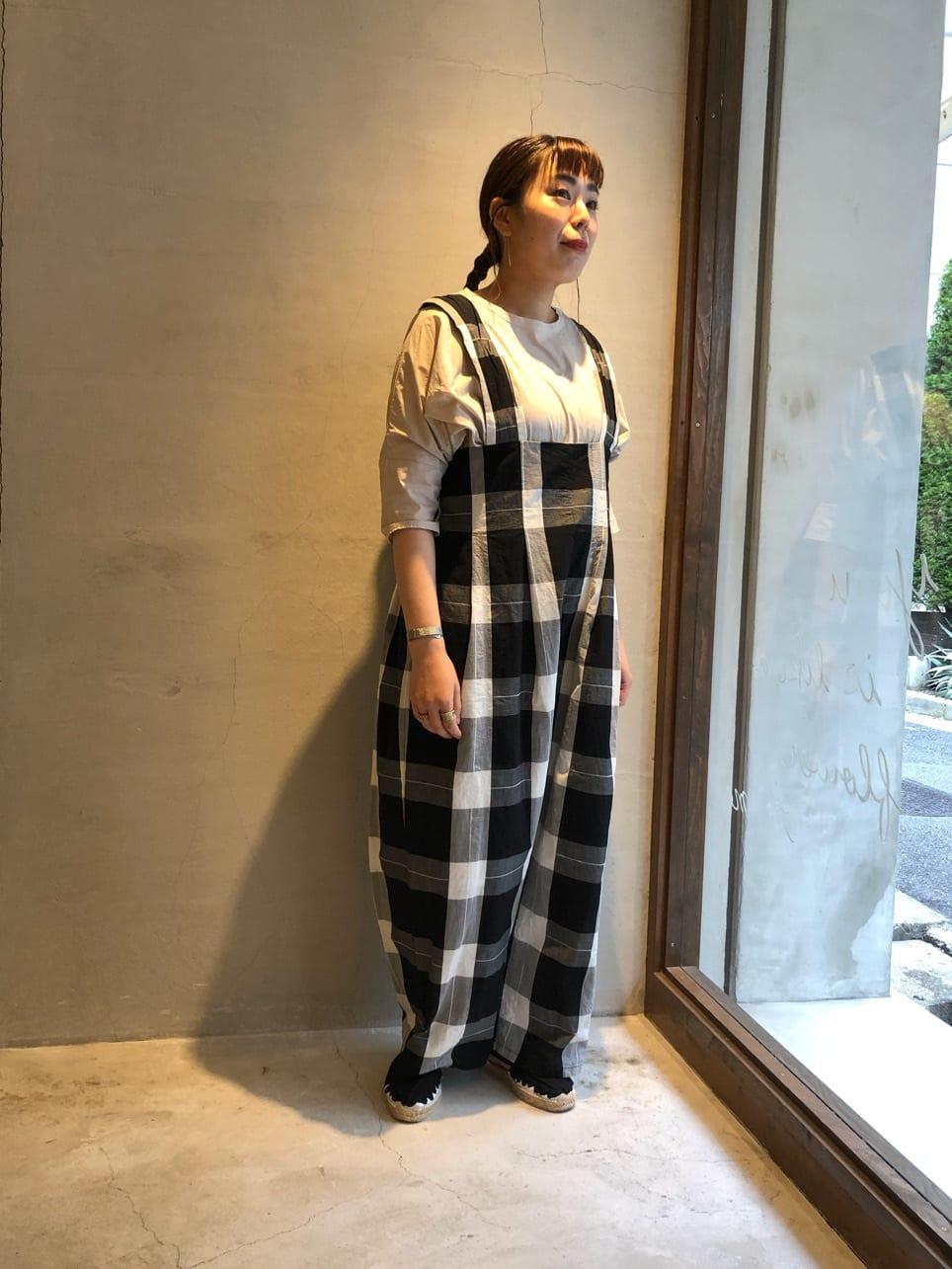 yuni 神戸路面 身長:154cm 2021.06.17