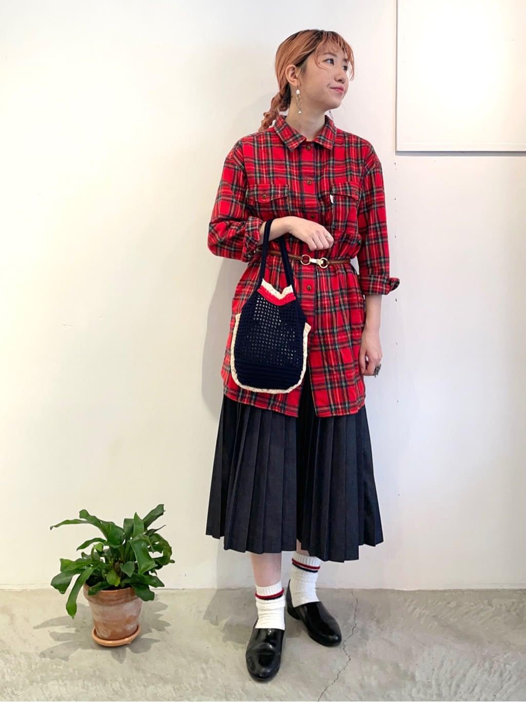 - CHILD WOMAN 原宿路面 身長:160cm 2021.10.01