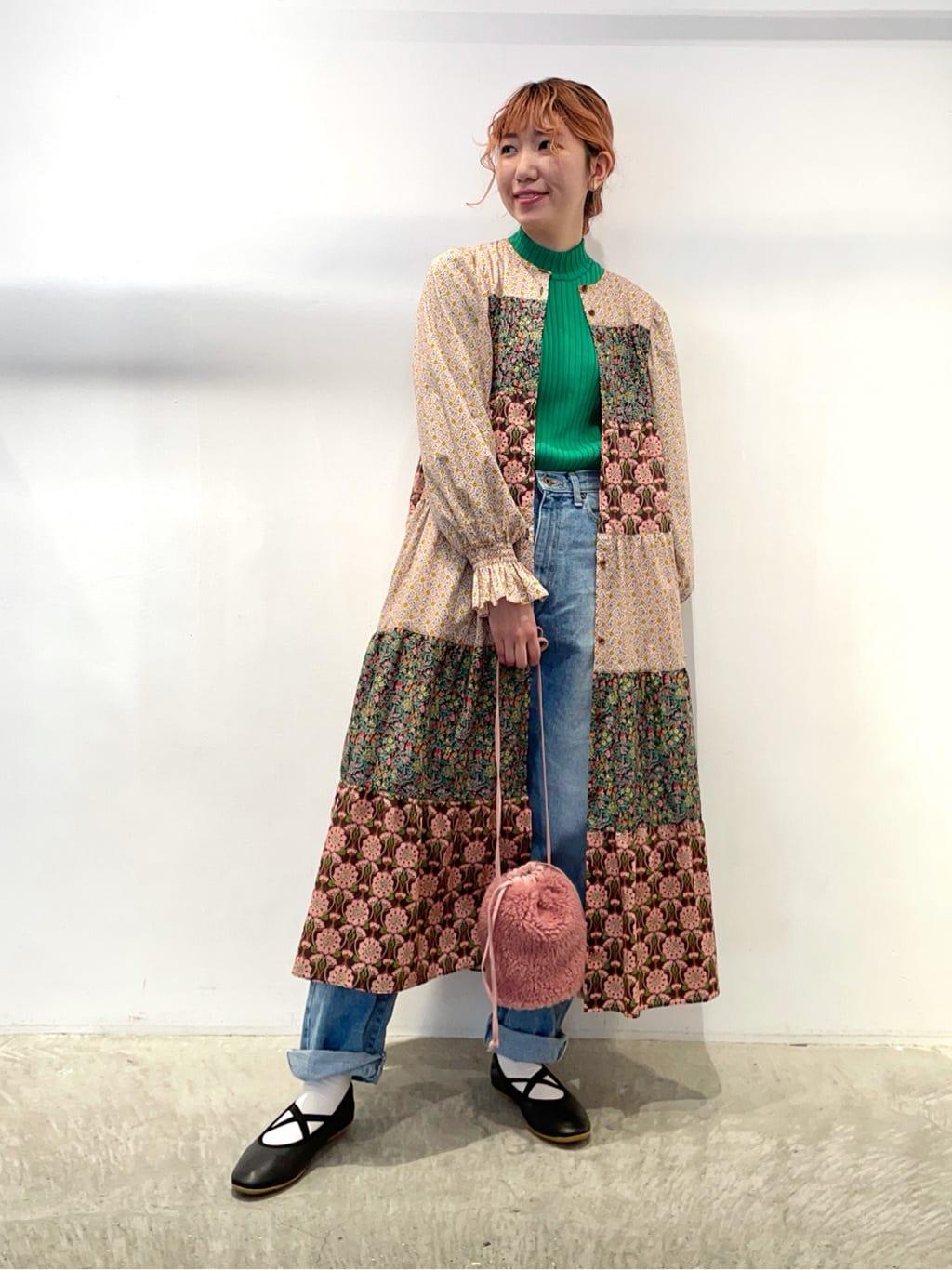 - CHILD WOMAN 原宿路面 身長:160cm 2021.09.22