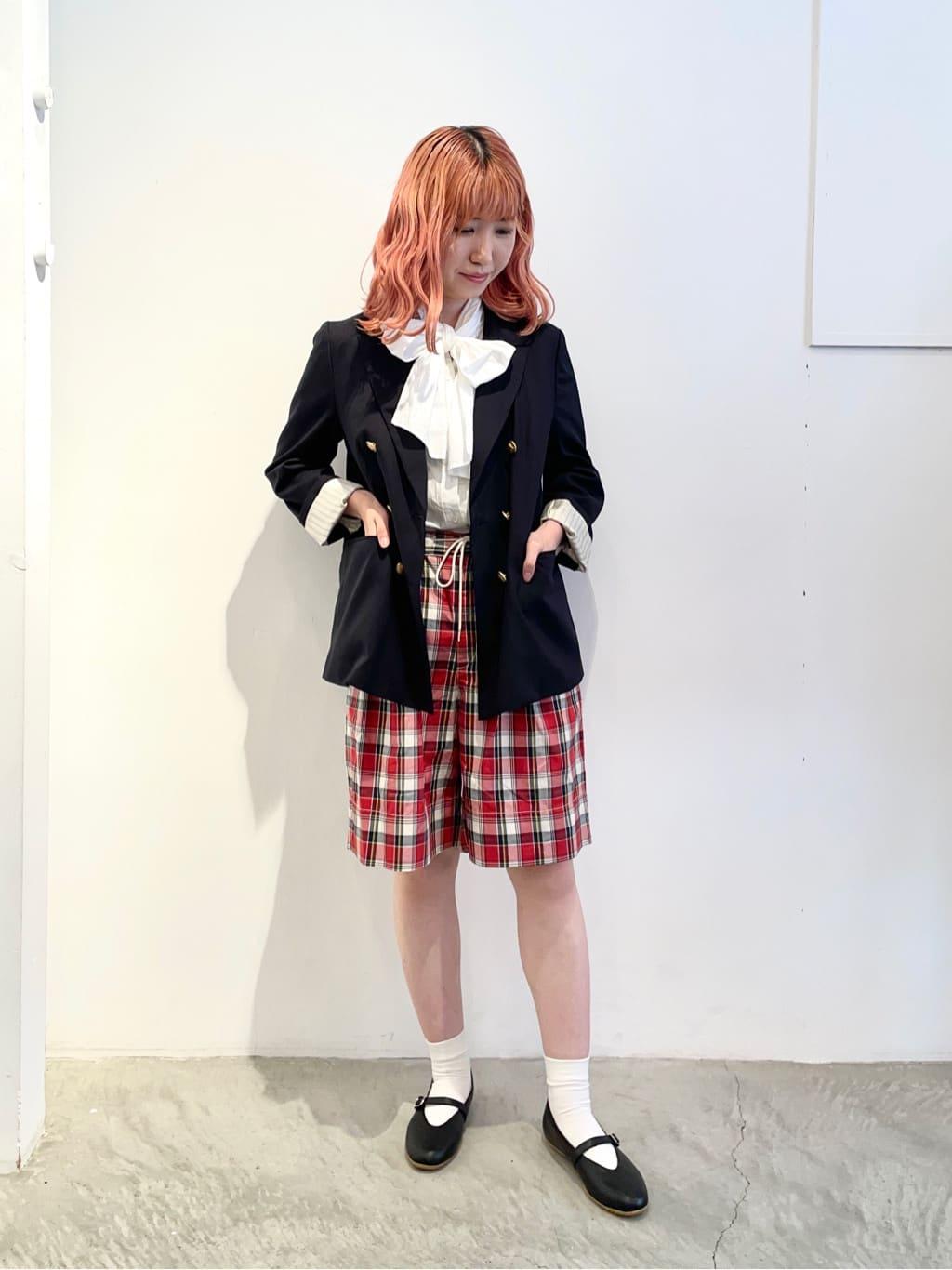 - CHILD WOMAN 原宿路面 身長:160cm 2021.08.30