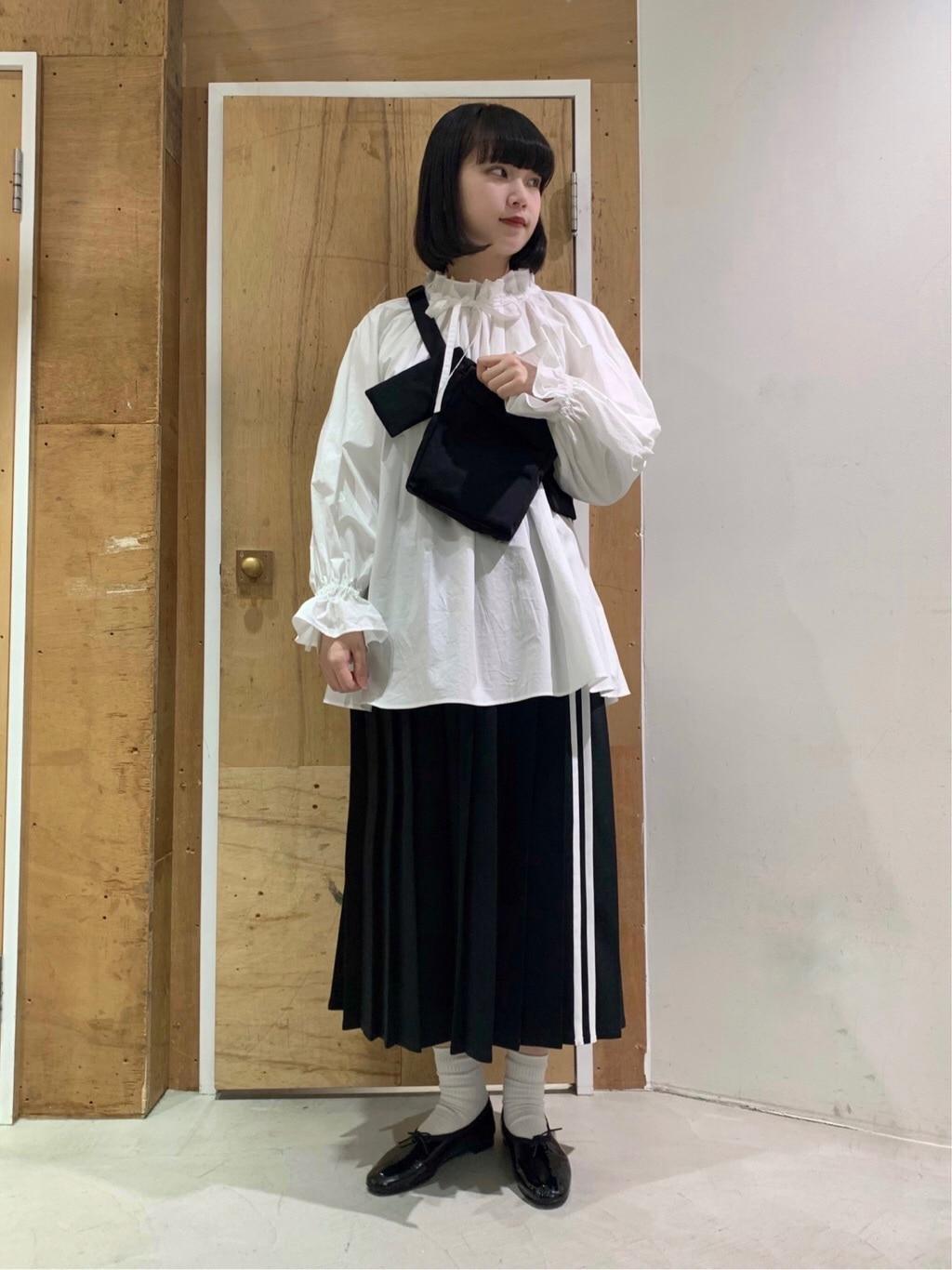 l'atelier du savon 新宿ミロード 身長:159cm 2021.03.11