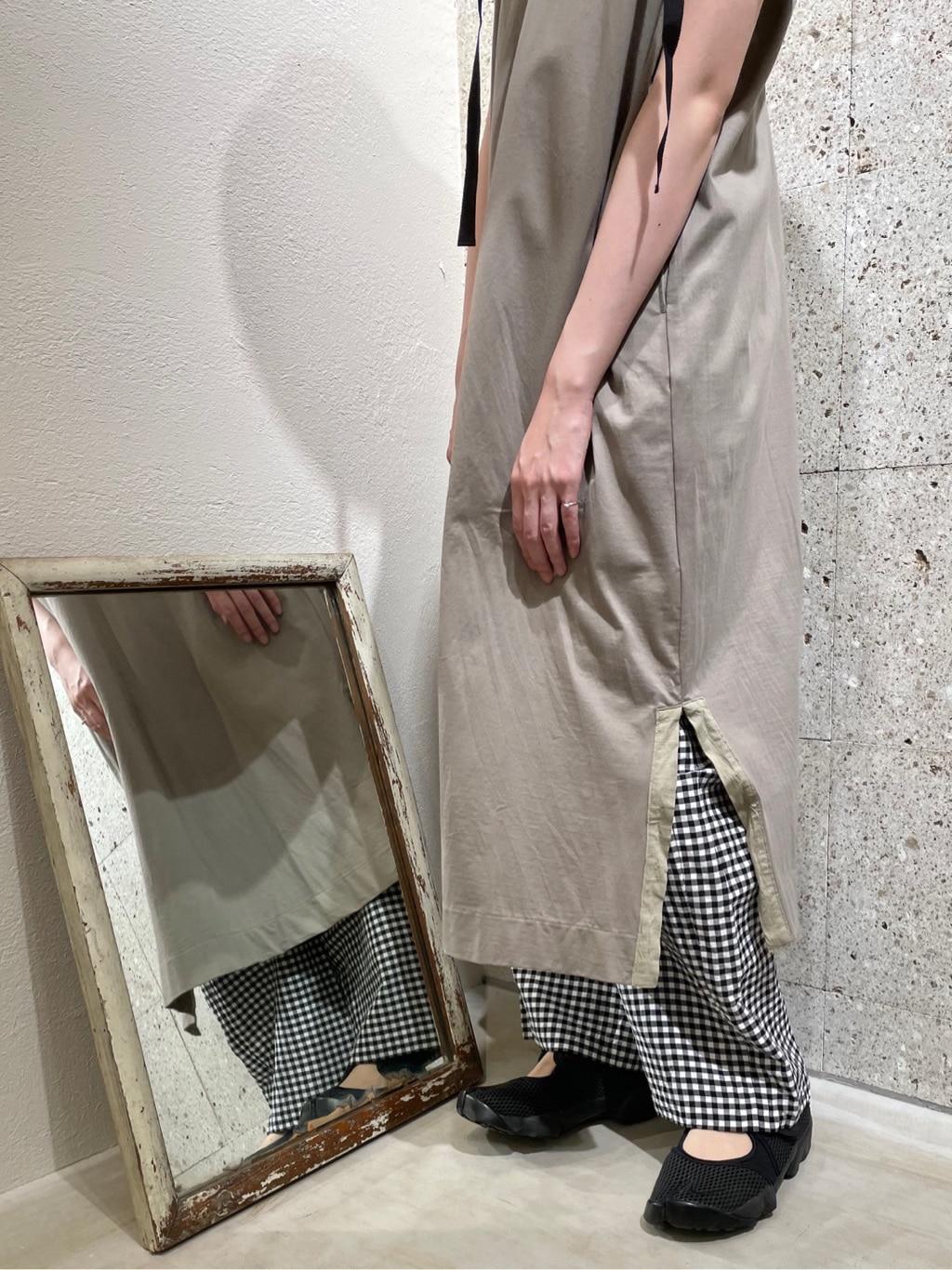 yuni ニュウマン横浜 身長:166cm 2021.04.14