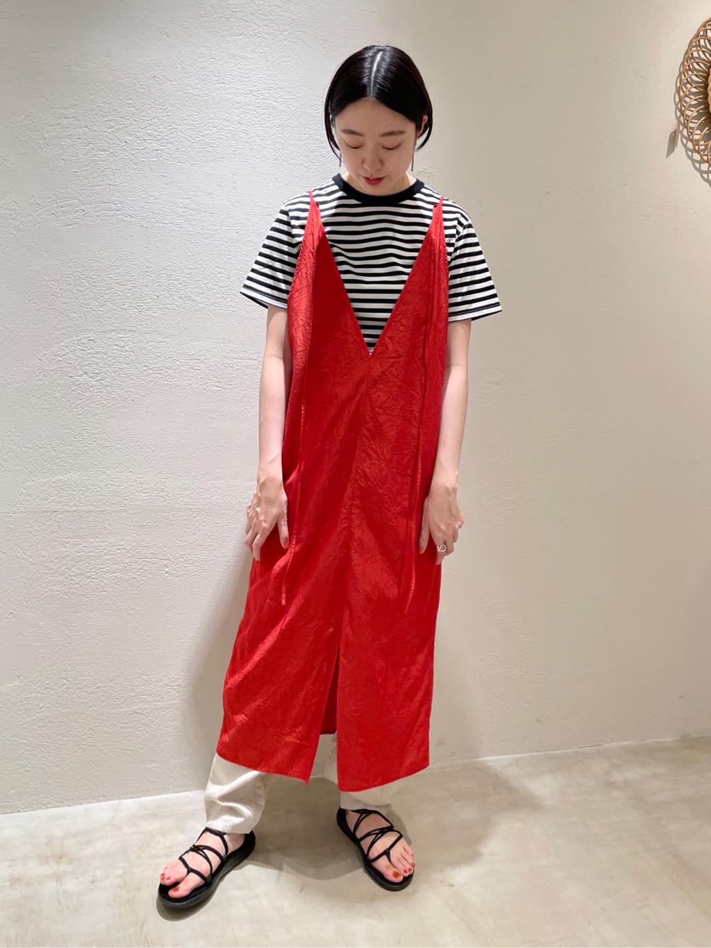 yuni ニュウマン横浜 身長:166cm 2021.06.30