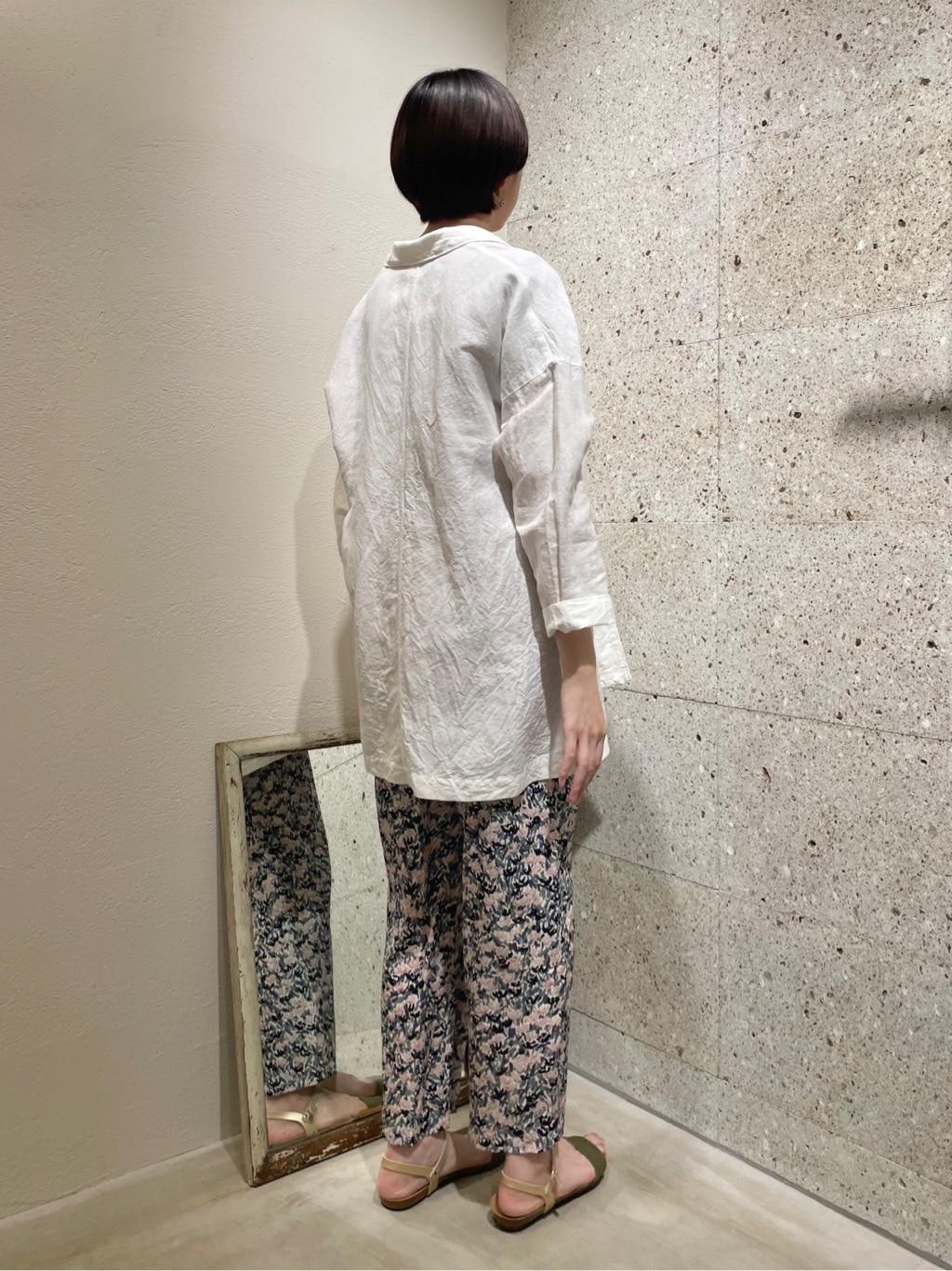 yuni ニュウマン横浜 身長:166cm 2021.06.01