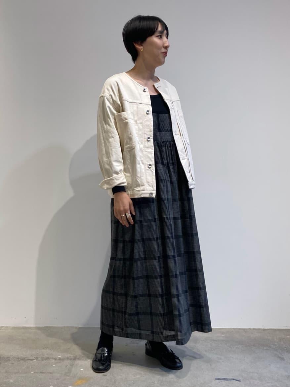 - note et silence. FLAT AMB 名古屋栄路面 身長:163cm 2021.09.09