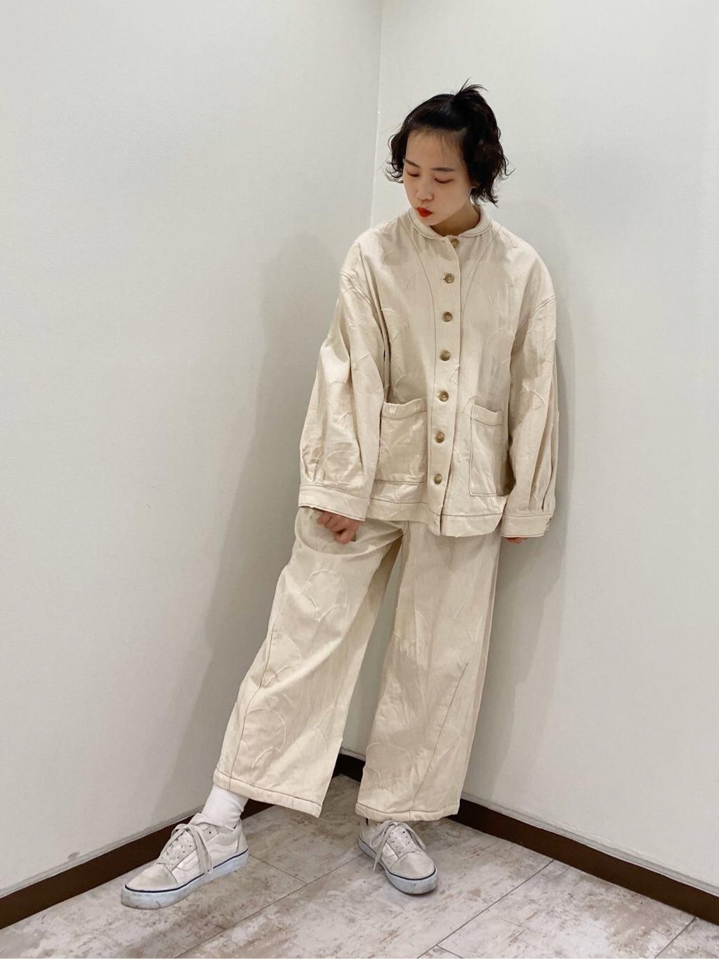 l'atelier du savon 新宿ミロード 身長:159cm 2020.04.08