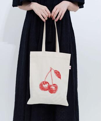 △チェリー刺繍トートバッグ