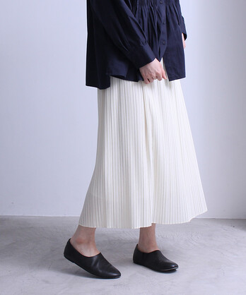 ○Sheer random pleated スカート
