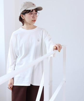 ○シロクマ刺繍ロンT