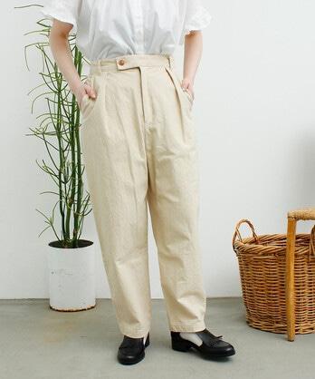 C/ボタンホール刺繍 パンツ
