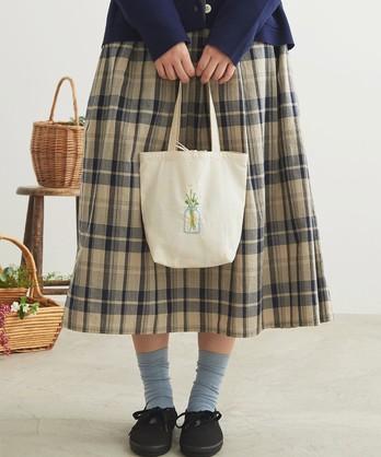 cdc あつめたお花刺繍 ちいさめバッグ