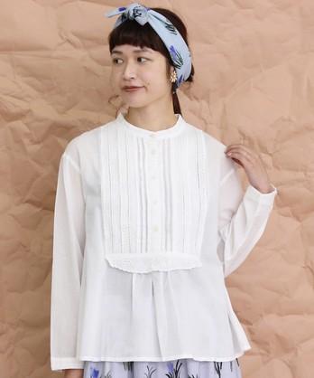 ●cdc カットワーク刺繍スタンド衿ブラウス