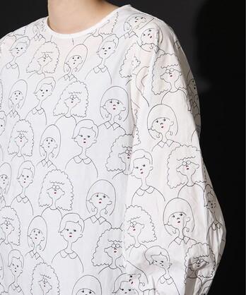 〇crowd of people刺繍 ブラウス